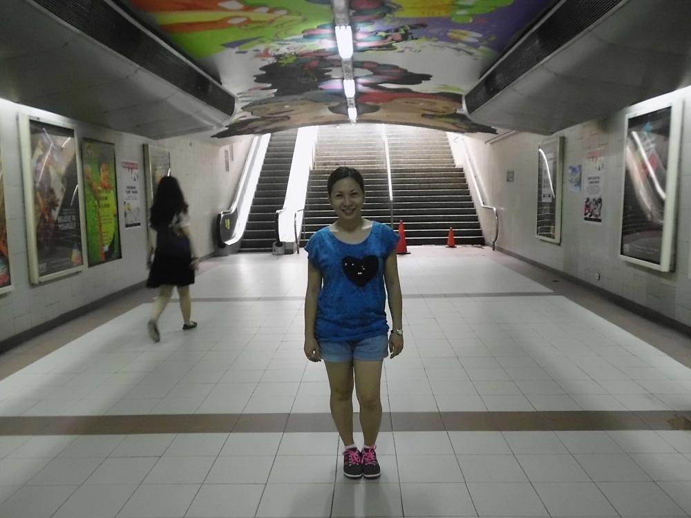 The underground walkway going to Greenbelt